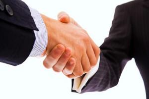 Mäklare mellan köpare och säljare